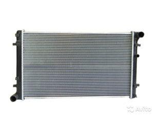 Радиатор охлаждения 3481866